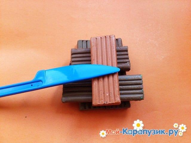 Лепка трактора из пластилина - фото 1