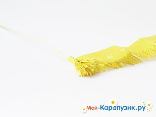 Изготовление одуванчика из бумаги - фото 10
