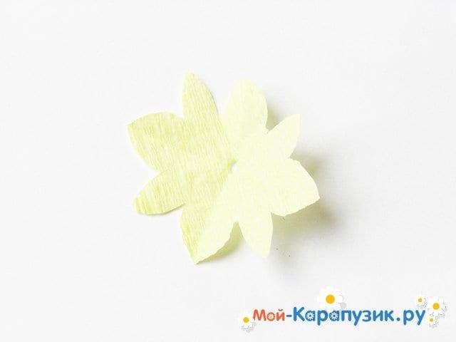 Изготовление одуванчика из бумаги - фото 19