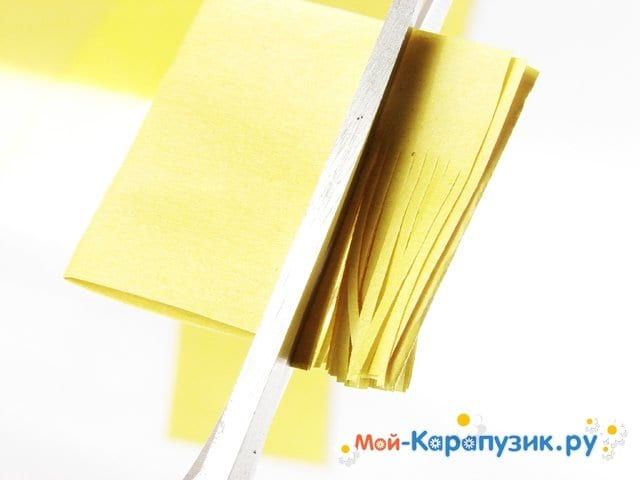 Изготовление одуванчика из бумаги - фото 4
