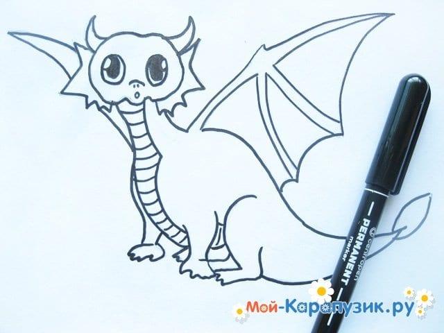 Поэтапное рисование дракона цветными карандашами - фото 9