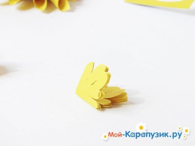 Изготовление георгин из бумаги - фото 13
