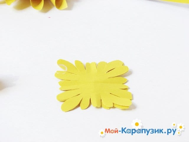 Изготовление георгин из бумаги - фото 14