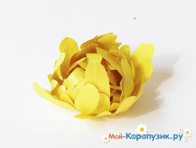 Изготовление георгин из бумаги - фото 15