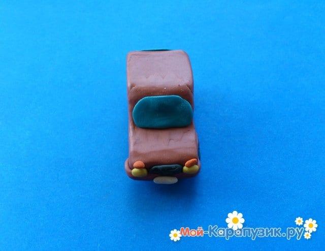 Лепка машины из пластилина - фото 10