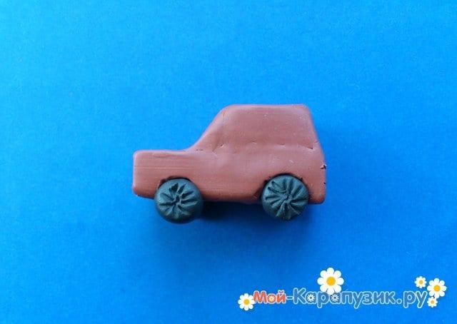 Лепка машины из пластилина - фото 7