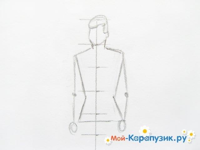 Поэтапное рисование солдата цветными карандашами - фото 4