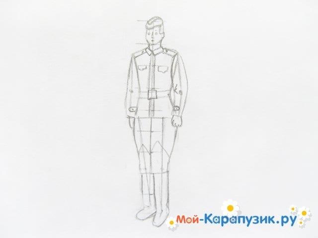 Поэтапное рисование солдата цветными карандашами - фото 9