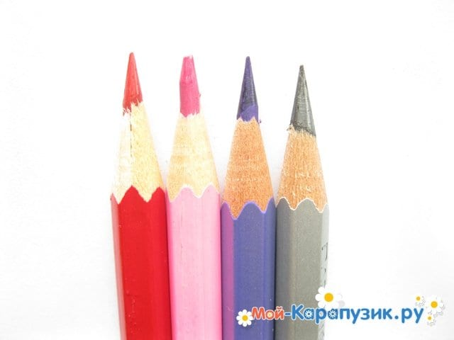 Поэтапное рисование свинки Пеппы цветными карандашами - фото 1