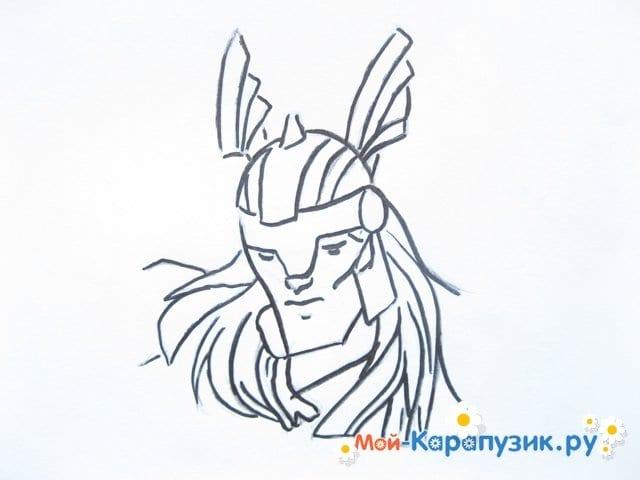 Поэтапное рисование Тора цветными карандашами - фото 7
