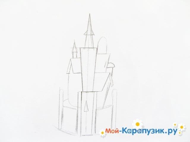 Поэтапное рисование замка цветными карандашами - фото 3