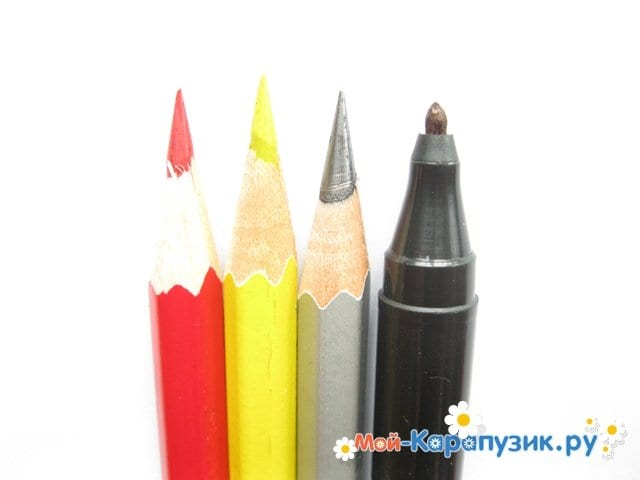 Поэтапное рисование железного человека цветными карандашами - фото 1