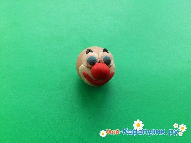 Лепка клоуна из пластилина - фото 4
