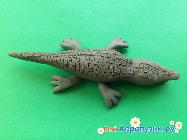 Лепка крокодила из пластилина - фото 10