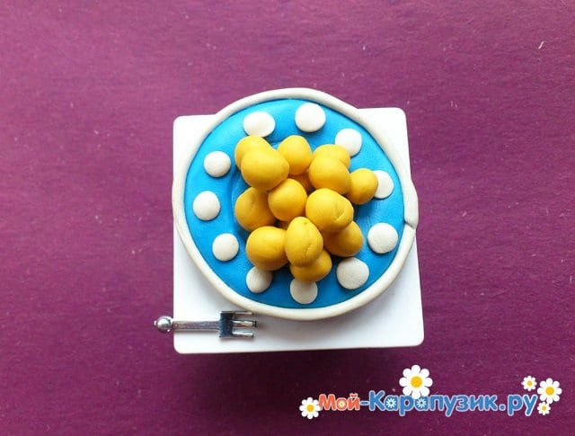 Лепка тарелки из пластилина - фото 8