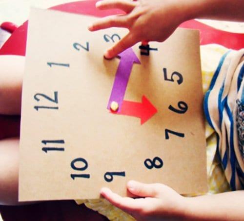 Часы из картона для обучения детей