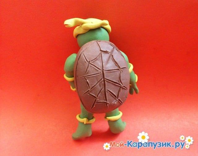 Лепка черепашки-ниндзя из пластилина - фото 9
