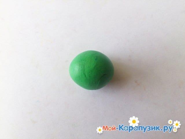 Лепка кузнечика из пластилина - фото 1
