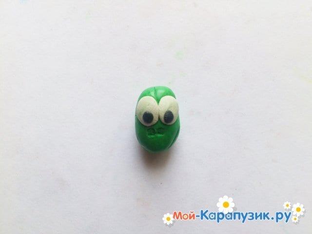 Лепка кузнечика из пластилина - фото 4