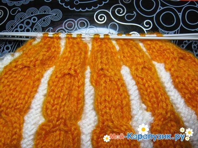Вязание шапки с помпоном спицами - фото 15