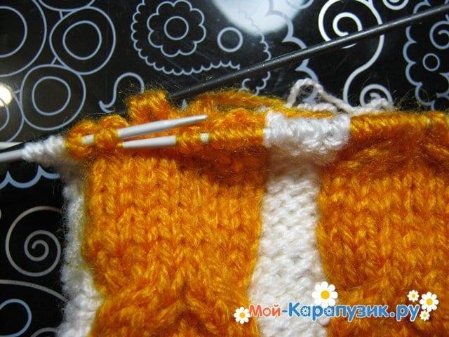 Вязание шапки с помпоном спицами - фото 8