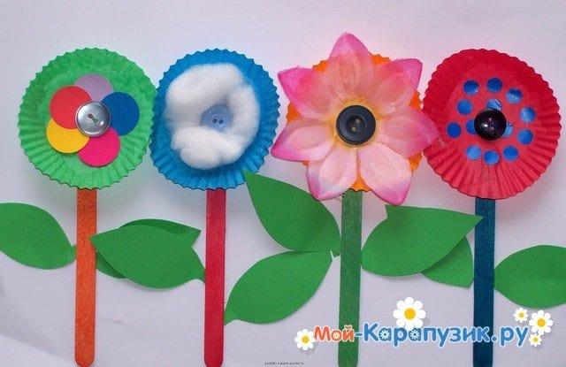 Поделки цветов на 8 Марта в детский сад - фото 13