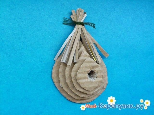 Поделка гнезда для птиц из картона - фото 5