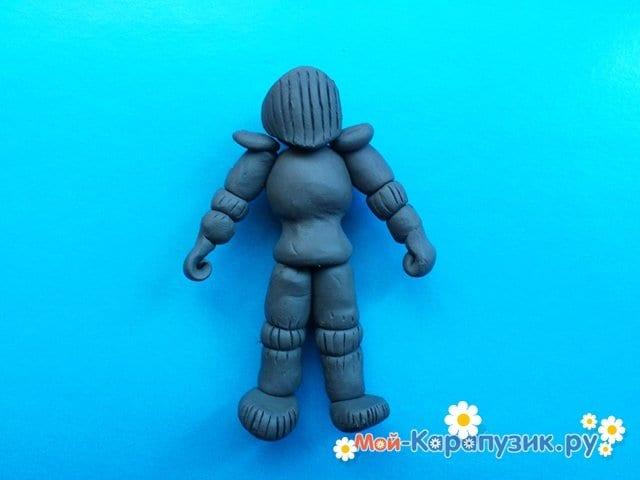 Лепка рыцаря из пластилина - фото 10