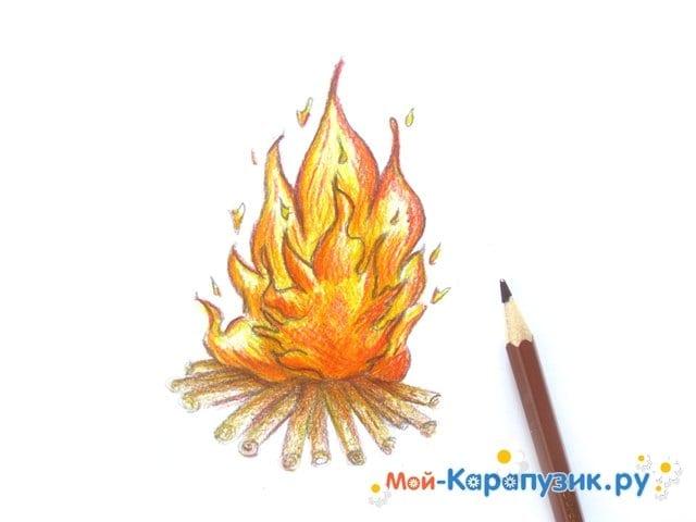 Поэтапное рисование огня цветными карандашами - фото 13