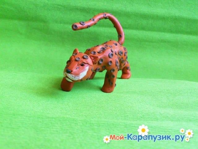 Пошаговая лепка леопарда из пластилина - фото 16