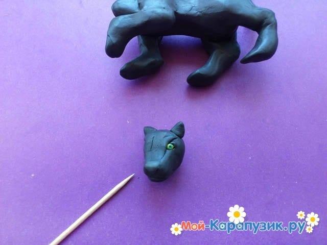 Лепка пантеры из пластилина - фото 7
