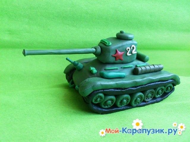 Пошаговая лепка танка Т-34 из пластилина - фото 13